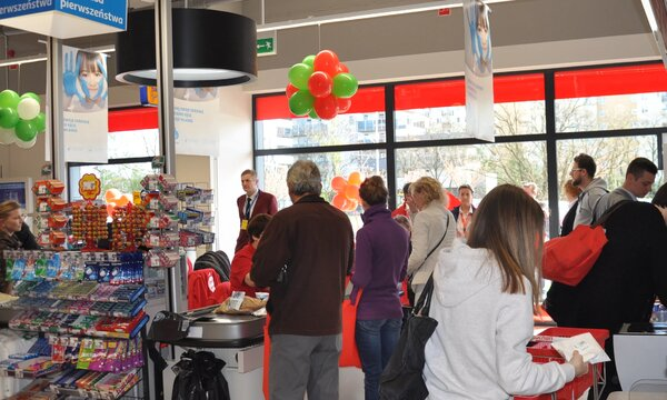 Auchan Supermarket Warszawa Światowida fot 5.JPG