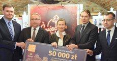 Przekazanie nagród w Sędziszowie_tvs_01.JPG