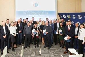 Carrefour podpisał 15 kontraktów farmerskich