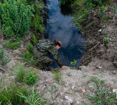 Żołnierze WOT szukają Dawida9.jpg