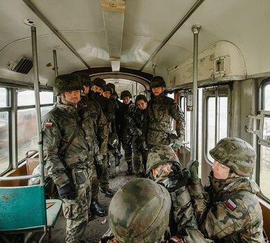Żołnierze WOT szkolili się pod okiem strażaków