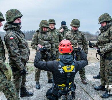 Szkolenie linowe żołnierzy podlaskiej brygady OT
