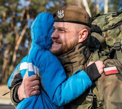 Zgierz. Przysięga żołnierzy 9 Łódzkiej Brygady OT
