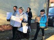 Wolontariusze KGHM rozdają prezenty. Dary dla podopiecznych Domu Krótkiego Pobytu