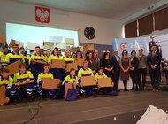 Enea Operator ufundowała tablety edukacyjne uczniom pilotażowej klasy z Nowej Soli kształcącej w zawodzie technik elektryk
