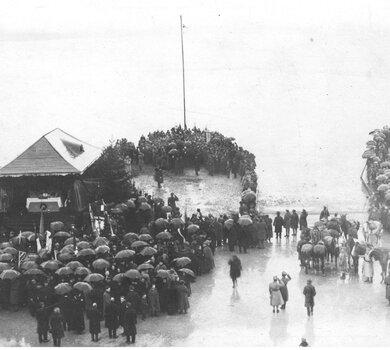 zdjęcie z zaślubin w Pucku w 1920 roku - zbiory NAC