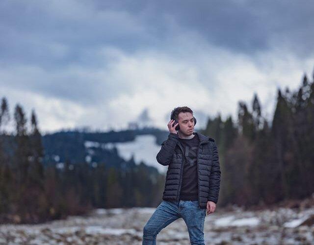 Podróż w #OutlanderPHEV w towarzystwie @marekiwaszkiewiczmusic zaowocowała utworem inspirowanym naturą i troską o środowisko 🌍 - wartościami, którymi kierowali się inżynierowie #Mitsubishi podczas produkcji #ElektrycznejHybrydy...