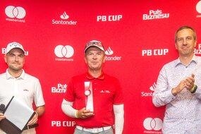 Najlepszym zawodnikiem drugiej edycji PB Cup okazał się Robert Świerczyński, ortopeda, współwłaściciel Centrum Chirurgii Specjalistycznej Ortopedika,reprezentujący Olympic Golf Club. Nagrodę odebrał z rak Bartosza Ciołkowskiego, dyrektora generalnego Mastercard Europe na Polskę, Czechy i Słowację.