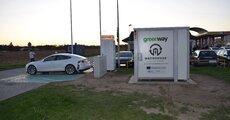 Greenway_Polska_magazyn_energii_wattbooster_na_stacji_w_Krapkowicach.JPG