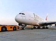 Linie Emirates wysyłają na trasę do Kantonu swój flagowy samolot A380