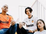 Trzy nowe komplety strojów Valencii na sezon 2020/21
