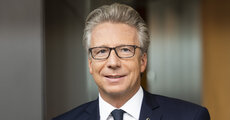Wolfgang Kindl, Member of Board, UNIQA Insurance Group, UNIQA Österreich, CEO UNIQA International.jpg