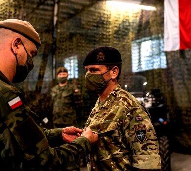 Srebrnego Medalu Wojska Polskiego dla majora Luke'a Dodingtona