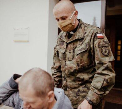 Ksiądz ppor. Dariusz Jarliński, ochonik, kapelan 101batalionu lekkiej piechoty