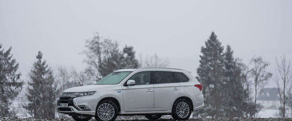 260 000 kilometrów - superbabcia za kierownicą Mitsubishi Outlandera PHEV https://t.co/3phsslImBj https://t.co/h5hKP6cRAN
