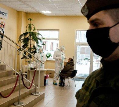 Testy przesiewowe nauczycieli na obecność koronawirusa