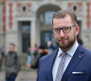 Maciej Dzwonnik.jpg