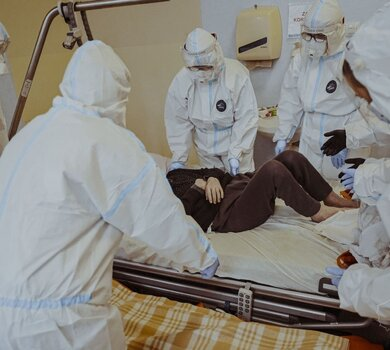 Skwierzyna - ewakuacja pacjentów ze szpitala w Skwierzynie