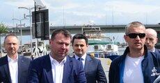 Łódź napędzana energią słoneczną zawitał do Szczecina w ramach projektu badawczego, którego partnerem jest Enea (2).JPG