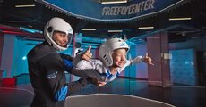 lot-w-tunelu-aerodynamicznym-dla-dzieci-leszno.webp