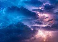 Brak regulacji wyzwaniem przy wdrażaniu chmury w sektorze energetyczno-paliwowym