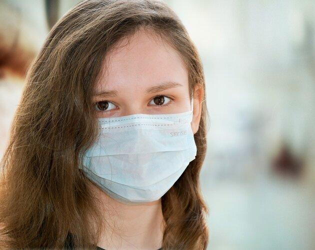 Raport Fundacji Świętego Mikołaja: Wsparcie edukacyjne dzieci i młodzieży w trakcie pandemii