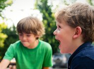 Nie tylko ciekawie, ale też zdrowo. O czym pamiętać, spędzając z dzieckiem lato w mieście?