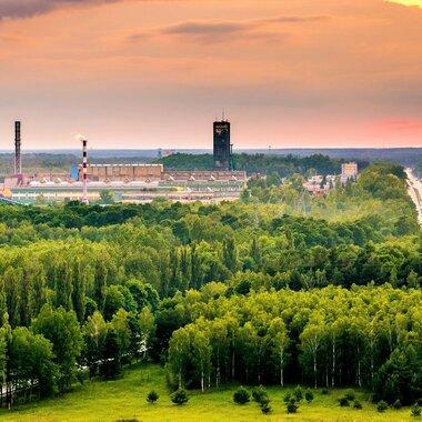 Zakłady Górnicze Lubin - panorama na rejon Lubina Głównego na pierwszym planie Zakład Wzbogacani Rud