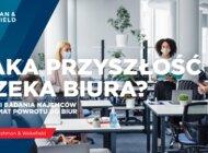 Wśród firm myślących o powrocie do biura najbardziej popularny jest hybrydowy model pracy.