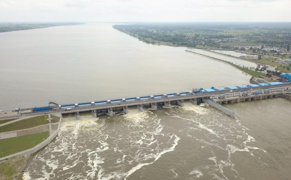 """Elektrownie wodne Energi wyłapują tony """"śmieci"""" chroniąc polskie rzeki i Bałtyk"""