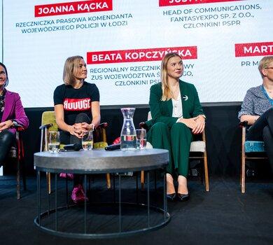 12.  Panel dyskusyjny pod patronatem PSPR - Kobiety w komunikacji