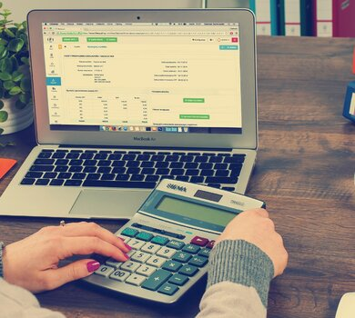 eko rozwiązania pozwalające na oszczędności w biurze