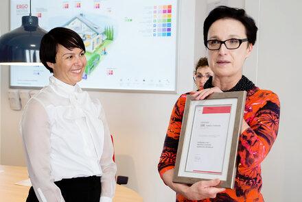 Certyfikat dla Agnieszki Niedbały od Prezes Małgorzaty Makulskiej .jpg