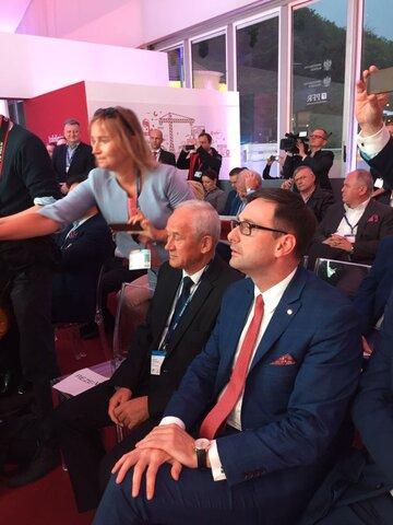 Daniel Obajtek i Krzysztof Tchórzewski w Krynicy - obligacje EBI.jpg