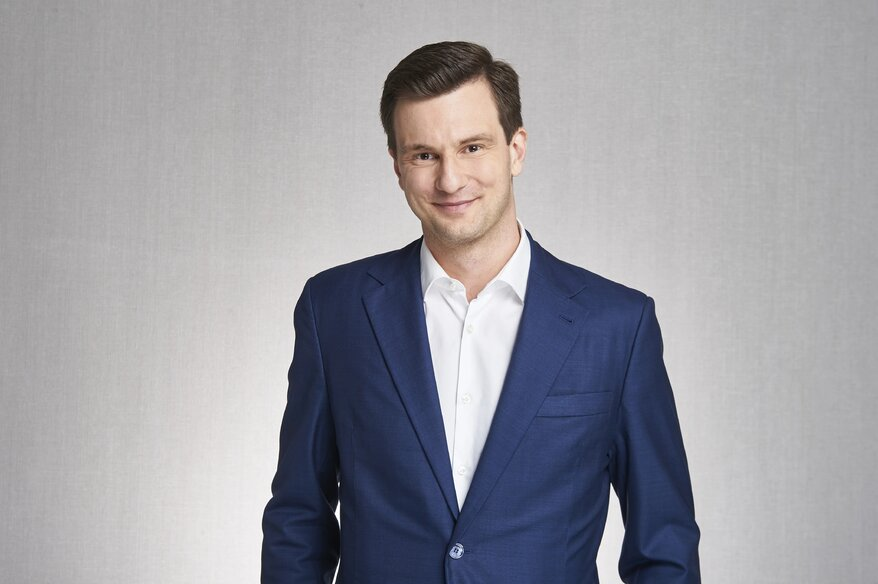 EY - TDJ Tomasz Domogala.jpg