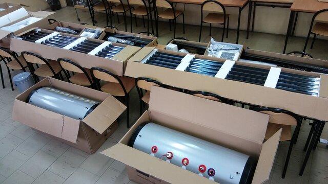 Kolektory ciśnieniowy i bezciśnieniowy.jpg