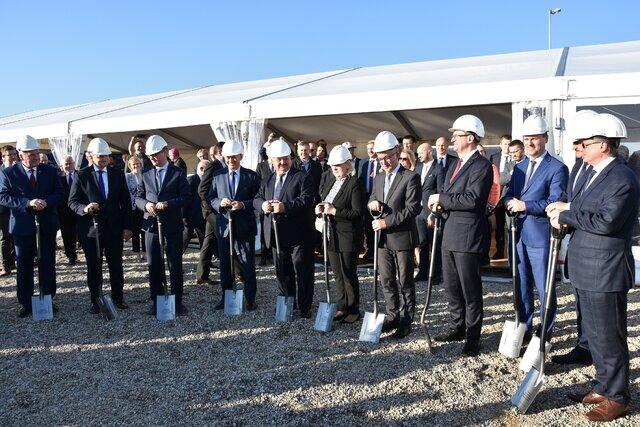 Wbicie pierwszej łopaty na placu budowy Elektrowni Ostroleka C.JPG