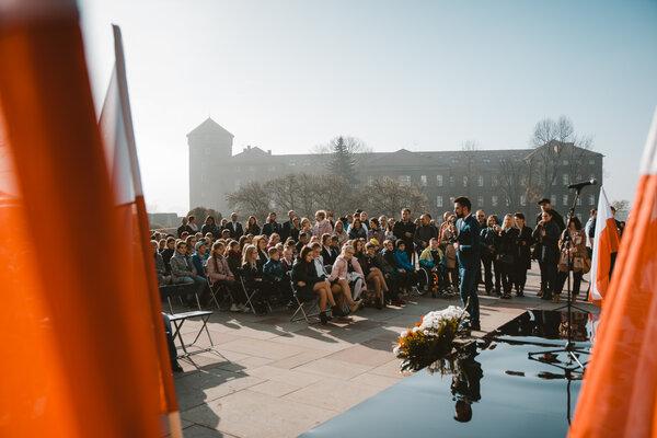 Kapsuła czasu na Wawelu (1).jpg