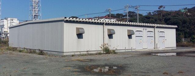 Magazyn na wyspie Ohsima. Podobny zostanie zbudowany przy farmie wiatrowej Energi w Bystrej.jpg