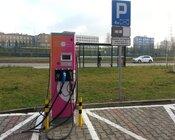 Stacja ładowania ING-TAURON w Katowicach/ foto: Bogumił Jochymczyk - Naładuj.pl