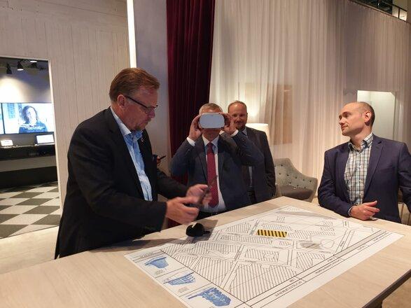 Minister Cyfryzacji w siedzibie Ericsson