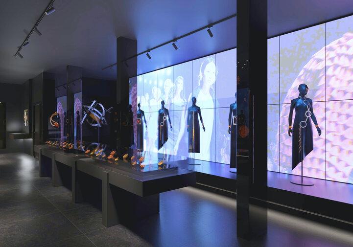 Widok na wystawę o sztuce współczesnej w nowym Muzeum Bursztynu, aut. Anna Bocek, mat. Muzeum Gdańsk preview