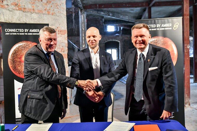 Od lewej Tadeusz Smolczewski, Alan Aleksandrowicz oraz Waldemar Ossowski, fot. A. Grabowska, mat. Mu preview