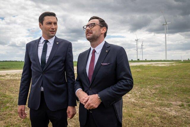 Prezes PKN ORLEN Daniel Obajtek i prezes Energi Jacek Goliński na_FW_Przykon.jpg