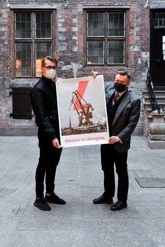 Plakat Gdańsk to dźwignie w zbiorach Muzeum Gdańska, fot. A. Grabowska, mat. MG.jpg preview