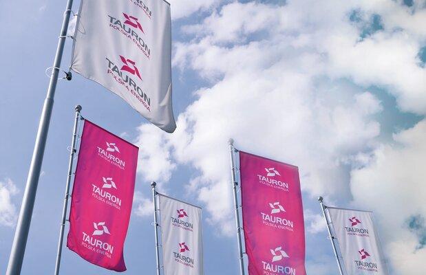 TAURON Polska Energia-flagi
