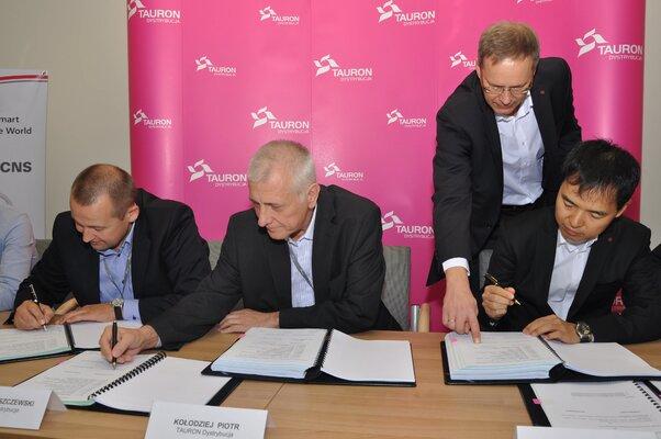 podpisanie umowy z wykonawcą.jpg