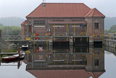 Elektrownia Wodna w Borowie.jpg