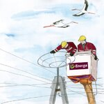 Energetycy montują bezpieczną platformę pod bocianie gniazdo