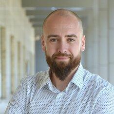 Dyrektor Zarządzający Pionu Marketingu, Komunikacji, Zaangażowania Społecznego